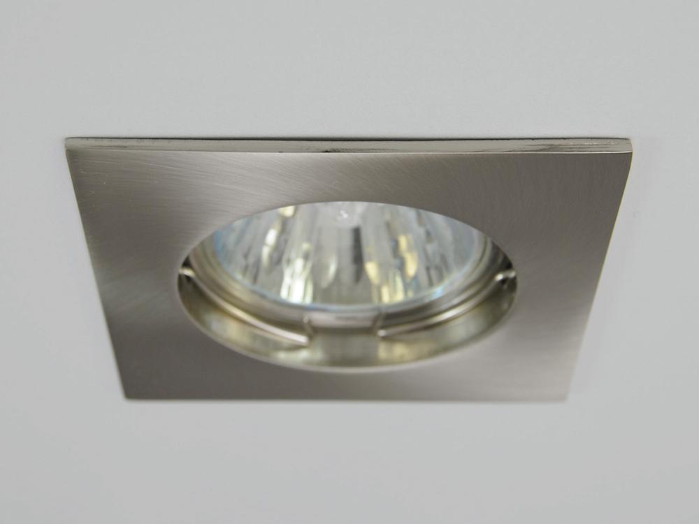 Einbaustrahler ZL-1501 Stahl gebürstet / 3W GU10 - Warmweiß